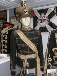 Leib Hussar Spencer tunic is named to a Leutnant